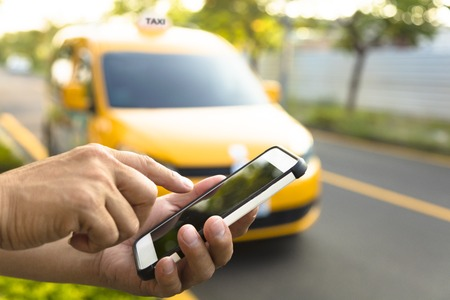 Taxis vs ride sharing apps
